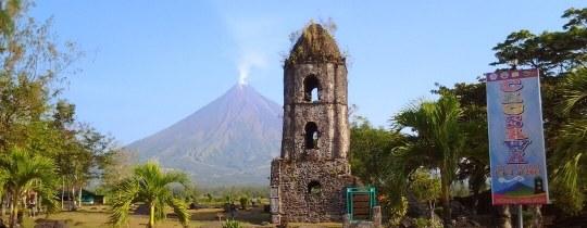Cagsawa Ruins + Mayon Vulkaan - Legazpi, Albay, Luzon Filipijnen