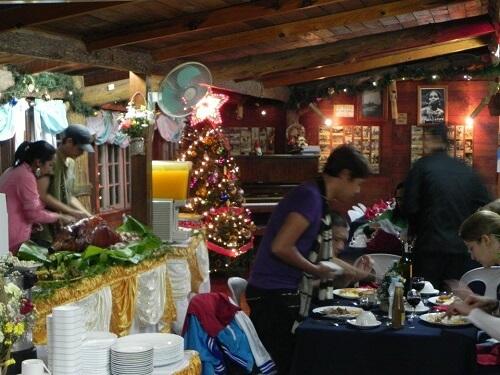 Kerstdiner Hotel B11 Sagada - Mountain Province, Luzon, Filipijnen